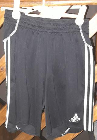 Spodenki Adidas chłopięce