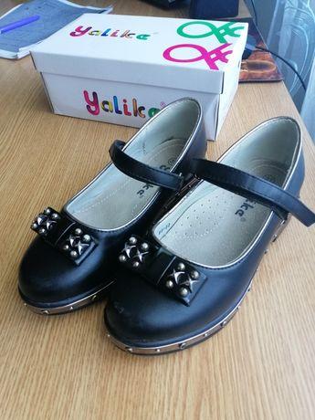 Туфлі для дівчинки р. 31