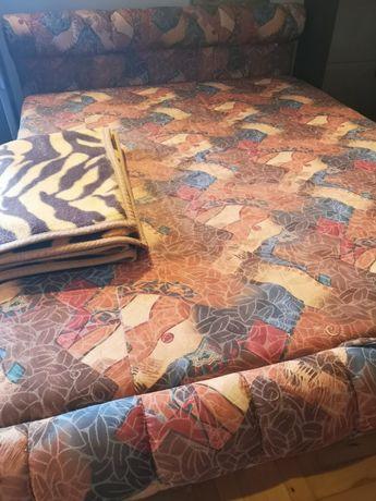 Łóżko sypialniane z pojemnikiem 160x215