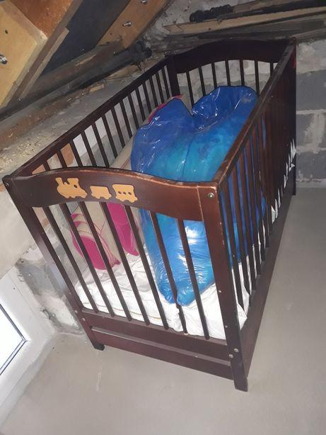 Łóżeczko dla dziecka drewniane z materacem szuflada na posciel