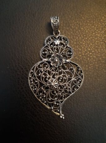 """Pendente """"coração de Viana"""" em prata"""