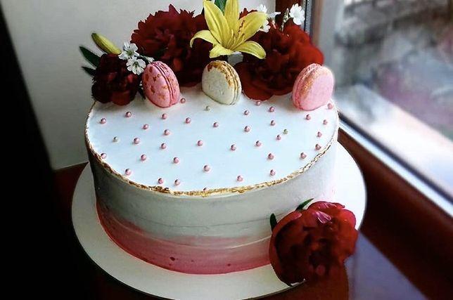 Десерти торти на замовлення