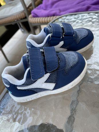 Дитячі кросівки diadora