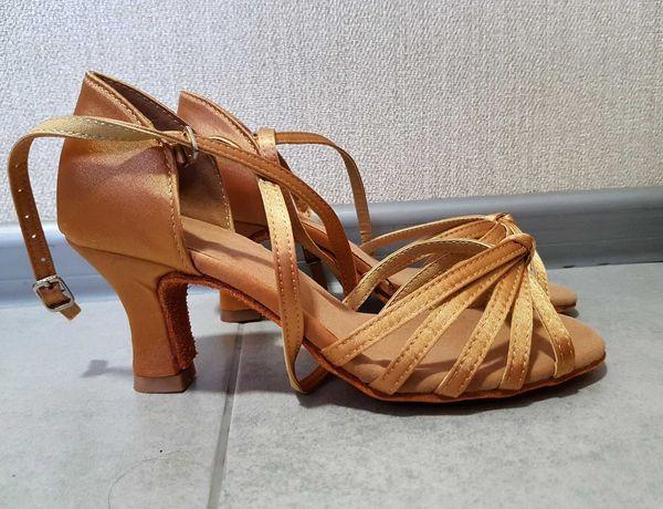 Туфли для латины, бальных танцев, каблук 6,5см, есть размеры