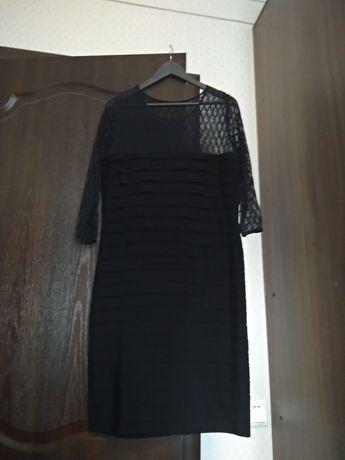 Платье черное продам