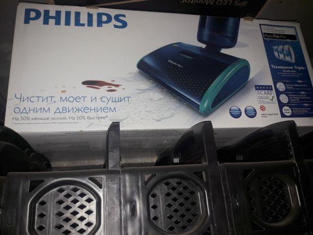 Продам моющий пылесос Philips AquaTrio Pro
