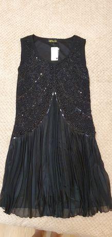 Новое нарядное чёрное платье