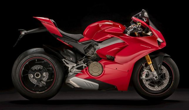 Продам Ducati Panigale V4S