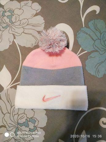 Зимова шапочка nike