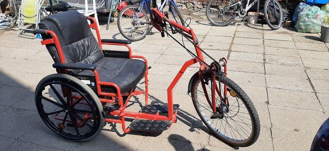 Rower dla osób niepełnosprawnych trójkołowy z napędem recznym