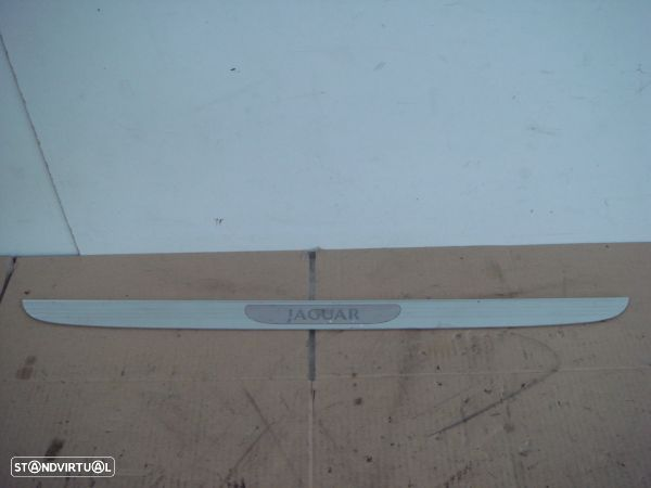 Moldura Entrada Porta Fr. Dta Jaguar X-Type (X400)