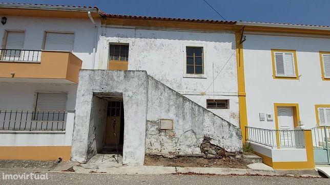 Moradia para recuperar na Aldeia de Valhascos, no concelho de Sardoal
