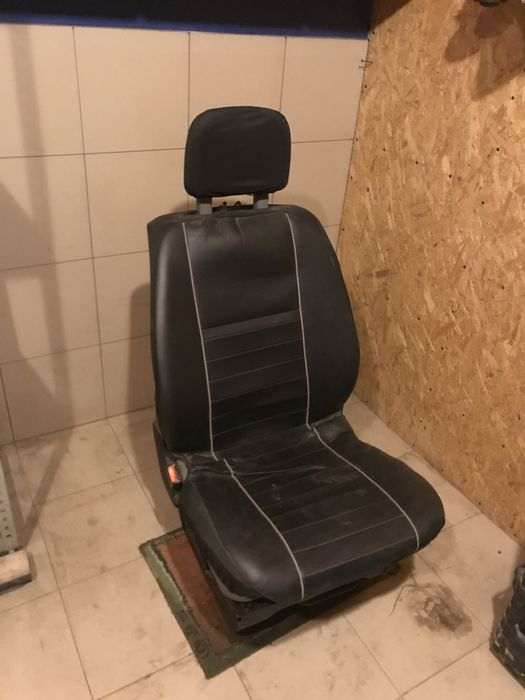 Siedzenie Fotel przedni T4 2000r Nowe Bystre - image 1