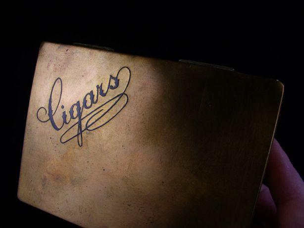 Stara skrzynka na cygara - mosiężny humidor - Austria