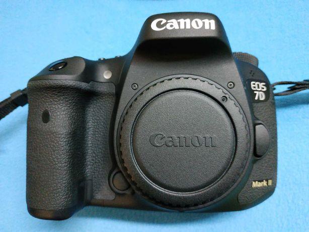 Фотоаппарат Canon 7D Mark 2 + Wi-Fi модуль + CF32Gb. NEW.
