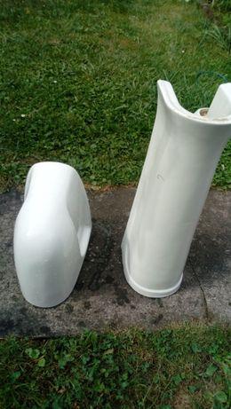 noga kolano pod umywalkę