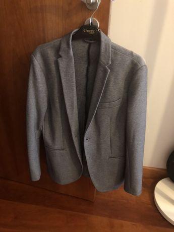 Casacos/ blazers azul e bege
