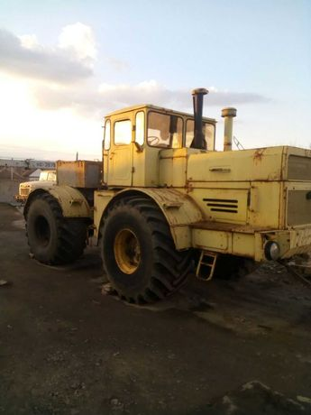Продам Трактор К702