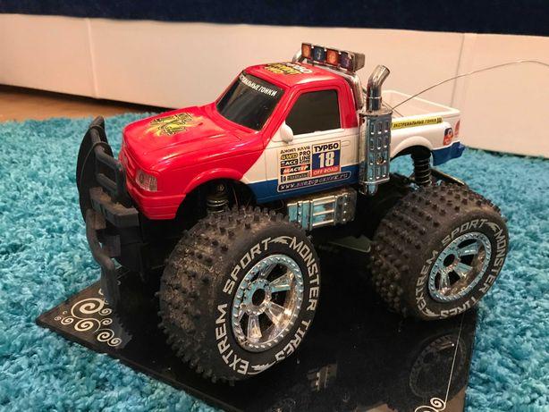 #19 Машинка джип, большая,  поворачиваются колеса