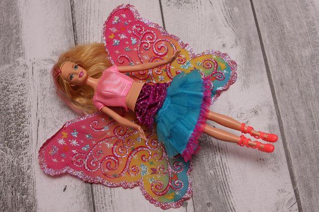 Lalka Barbie ze składanymi skrzydłami