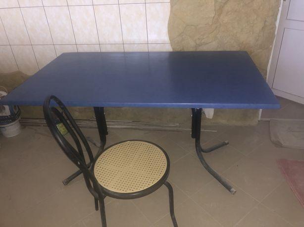 Продам стол+стулья