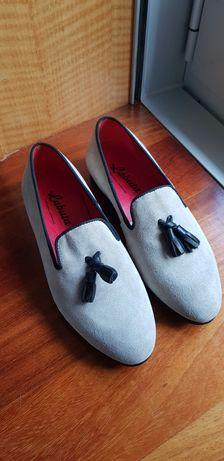 Sapatos Labuta..