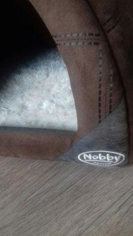 budka dla kota Nobby