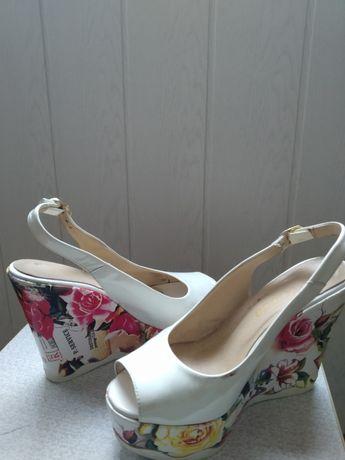 Стильная обувь..