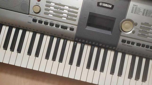 Keyboard YAMAHA PSR-295 + stojak + pokrowiec