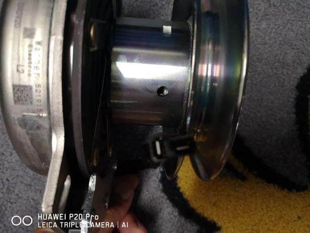 Sprzęgło elektro-magnetyczne John Deere x 350r nowe