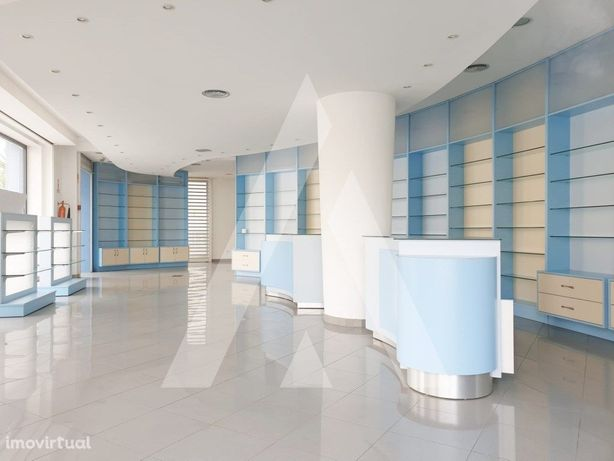 Loja ideal para Parafarmácia, Centro Médico, Leiria
