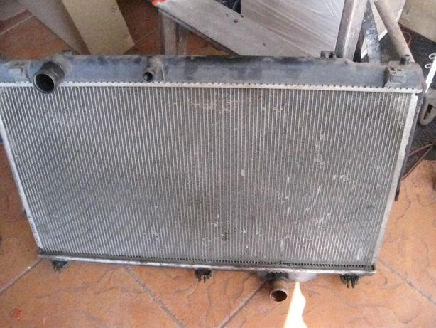 радиатор охлаждения на LEXUS GS350
