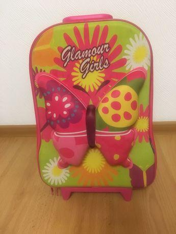 Детский чемодан на колесиках итальянской фирмы VGR