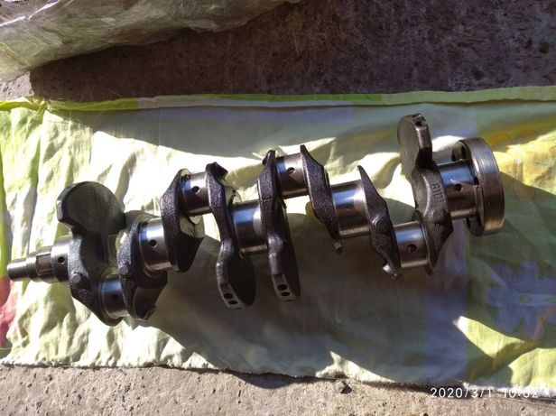 Коленвал на Mazda (мазда) 323 BF двигатель 1.5