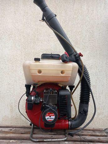 Продам опрыскиватель бензиновый efco AT 2090