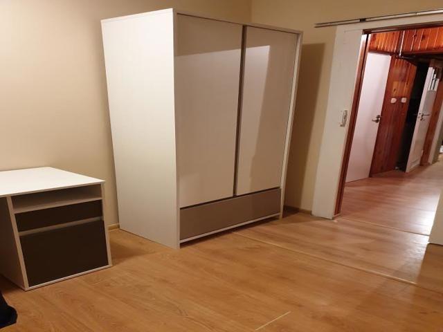 wynajem trzech pokojów na os.widok Kraków - image 1