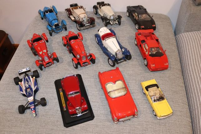 Carros de coleção BURAGO e outros
