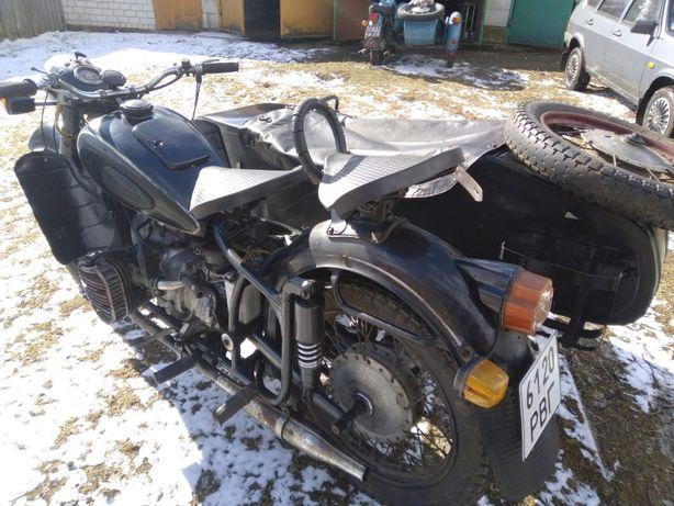 Мотоцикл Днепр МТ 12 з ведучою коляскою