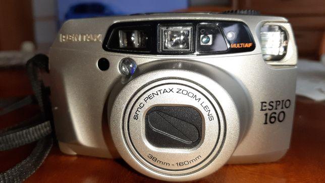 aparat fotograficzny analogowy Pentax Espio 160 z futerałem przenośnym