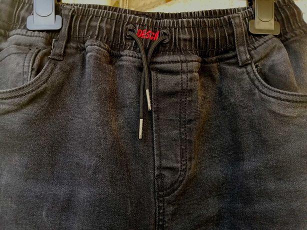 Шикарные джинсы на флисе на 164см-176см.