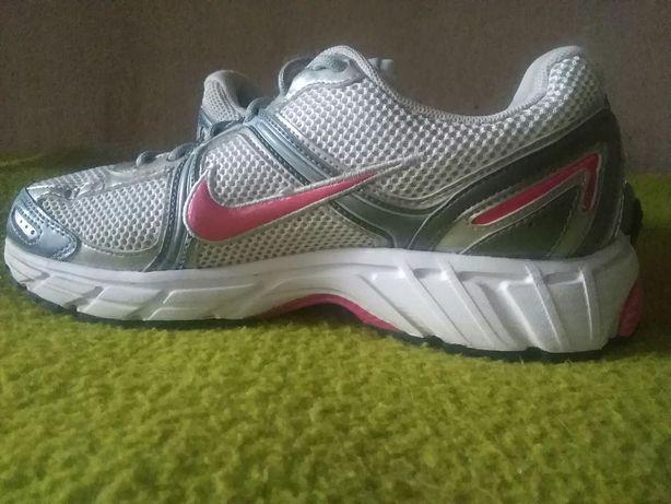 Nike plus sportowe biegówki 39 fitness