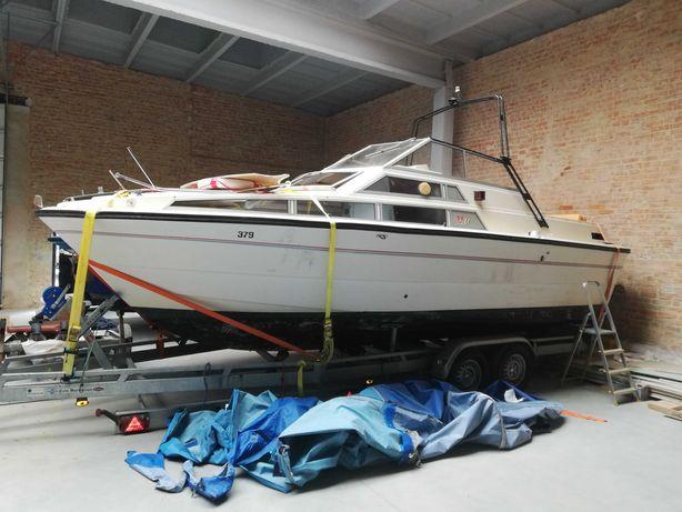 Jacht Kabinowy FJORD 725 SE  ze Szwajcarii już w Polsce