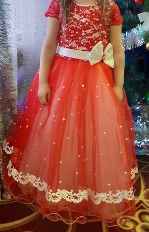 Детское,нарядное платье