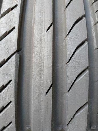 Продам шины легковые автомобильные континенталь 225/45/18 в идеальном