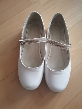 Białe buciki komunijne buty na komunię Nelli Blu 36