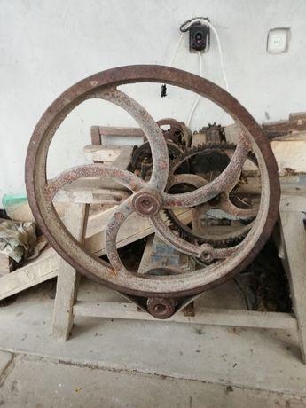 Січкарня б/в з мотором 380 В