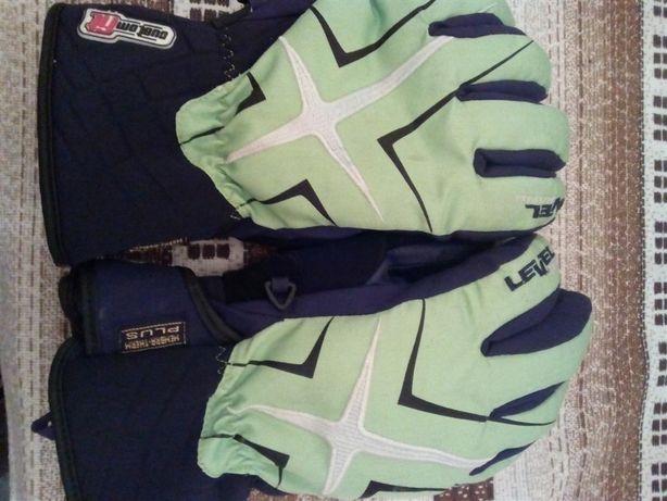 Лижні рукавицi level hand Custom fit