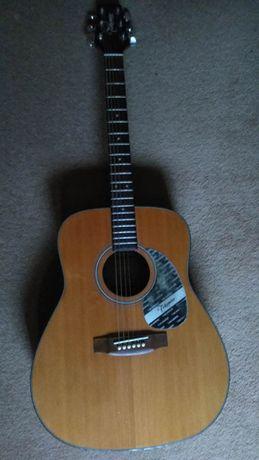 Gitara akustyczna Takamine G240