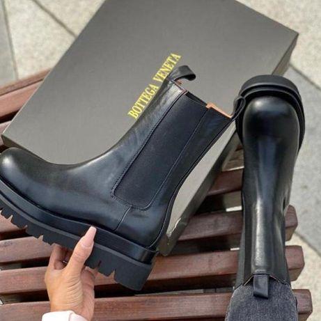 Ботинки BOTTEGA VENETA LUG BOOTS ∎ Натуральная кожа ∎ демисезонные
