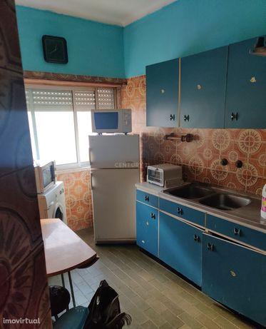 Apartamento T1 no Fogueteiro/Amora.